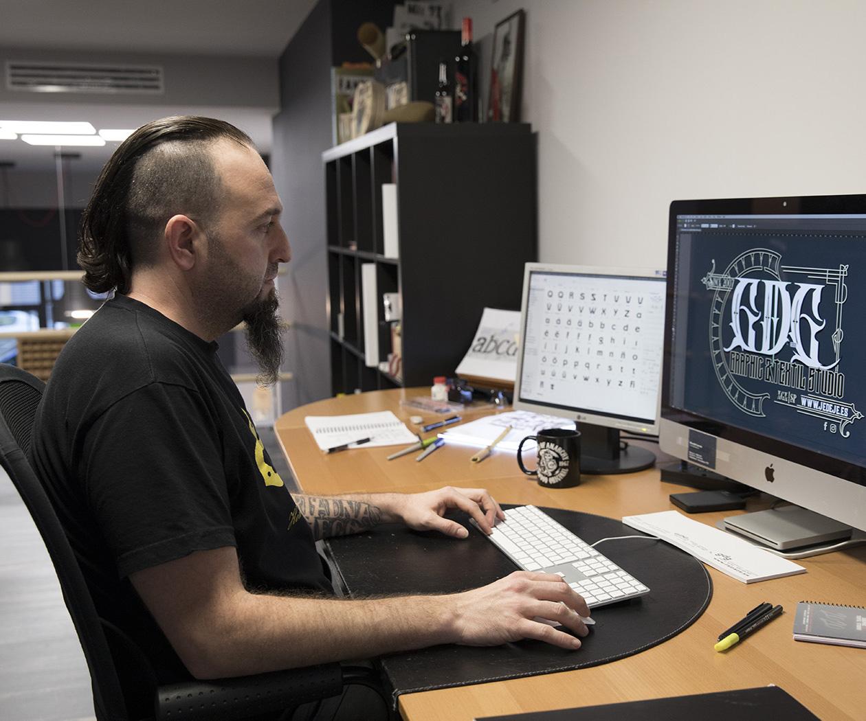 Ricardo García - GDG graphic & textil studio